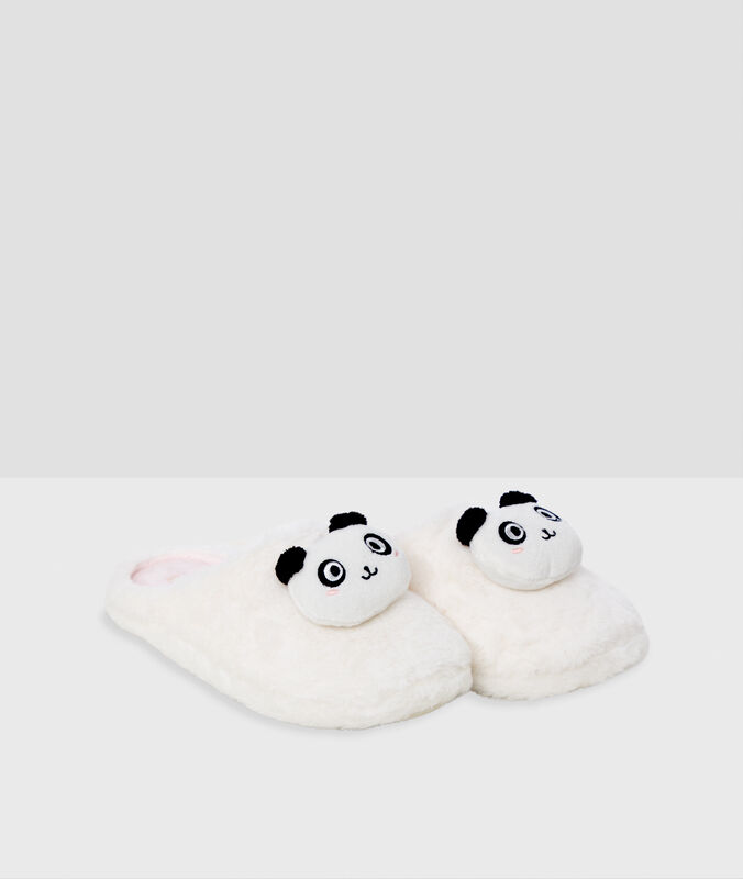 Chaussons pandas écru.