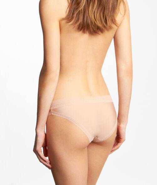 Slip microvezel en kant, voelt aan als een tweede huid