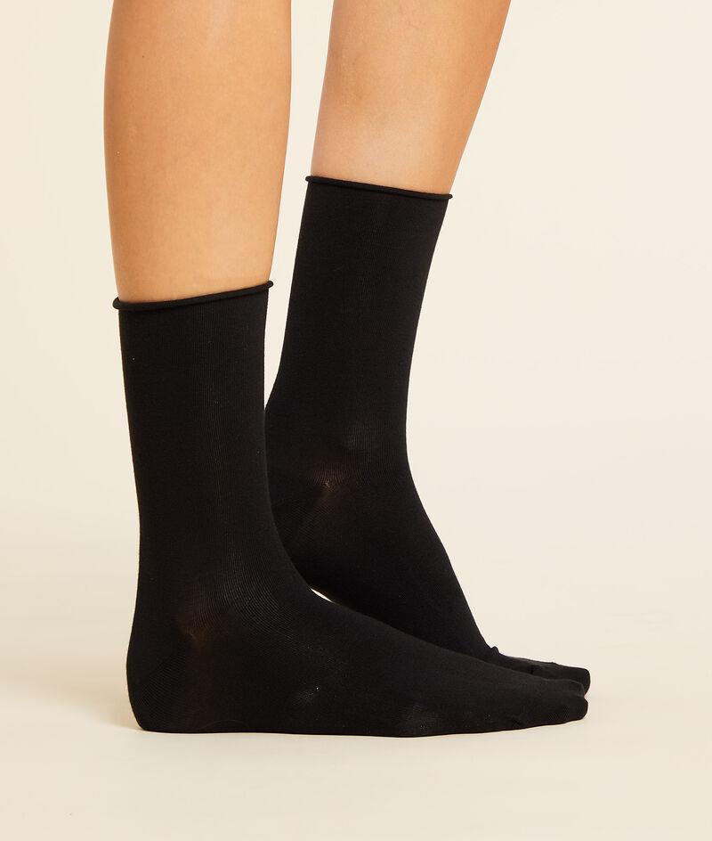 2 paar sokken in biokatoen;${refinementColor}