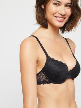 Soft bra: gewatteerde beha volledig in kant soepele beugels zwart.