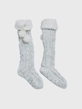 Chaussettes d'intérieur doublées gris.