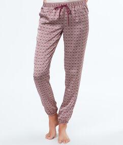 Pyjama satin imprimé bordeaux.