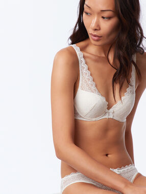 Soutien-gorge n°3 - triangle push-up, bonnets a/b/c ecru.