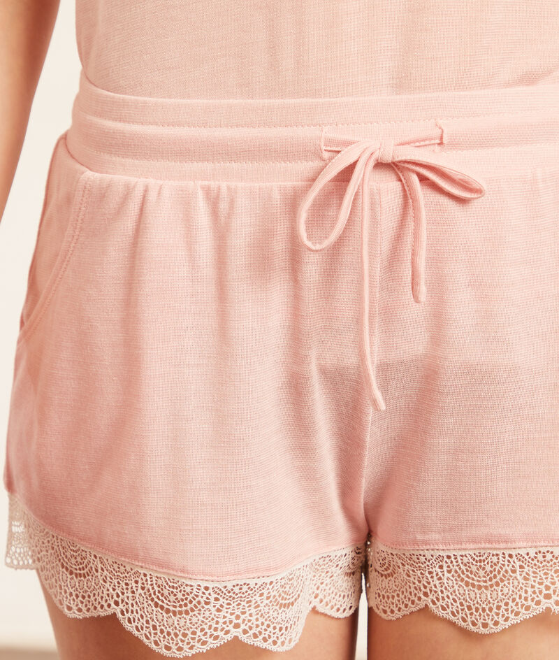 Shorts met kanten randjes;${refinementColor}