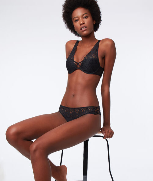 Soutien-gorge N°3 - Triangle push-up, dos corset