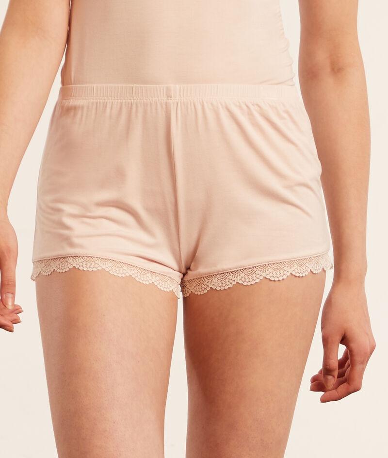 Shorts met kanten details;${refinementColor}