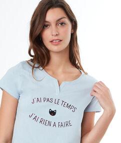 T-shirt à message bleu.