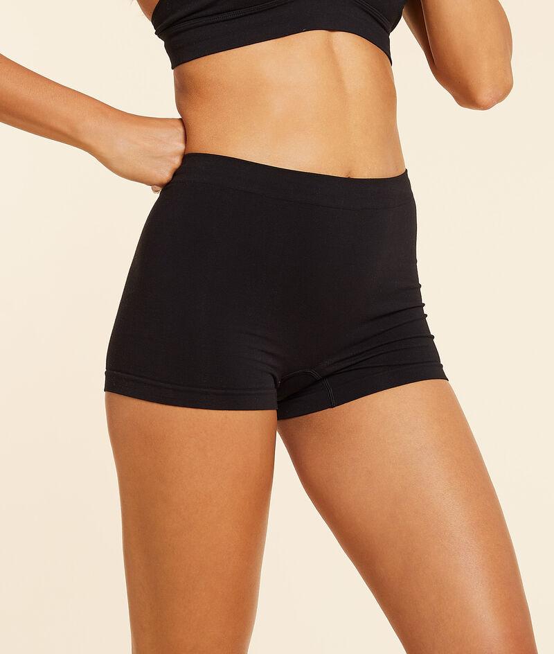 Boyleg shorts;${refinementColor}