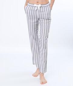 Pantalon de pyjama rayé gris clair.