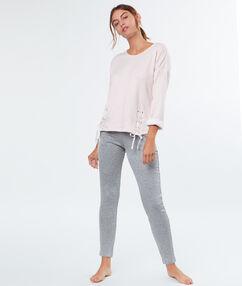 Pantalon poches zippées coupe slim gris.