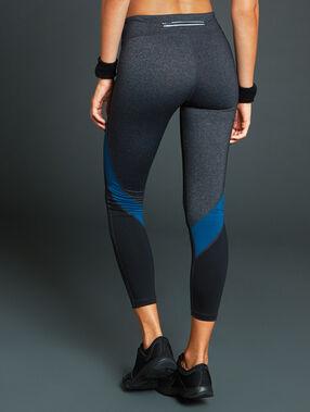 Pantalon de sport 7/8 ultra stretch gris.