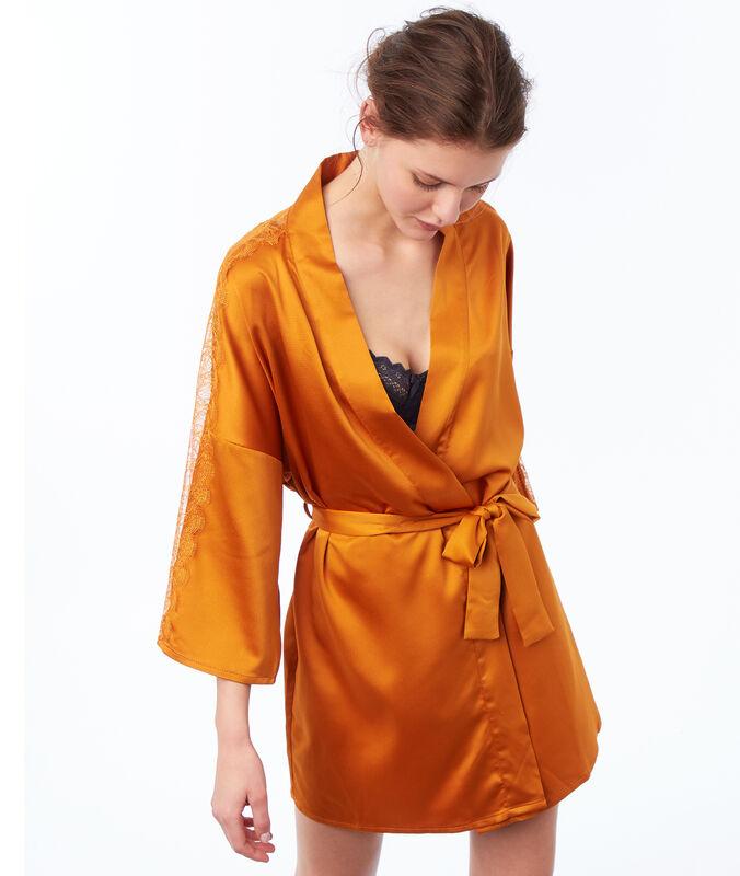 Kimono ocre.