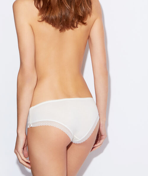 Shorty 90% modal, bords dentelle