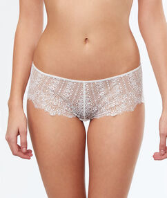 Shorty en dentelle fine ecru.