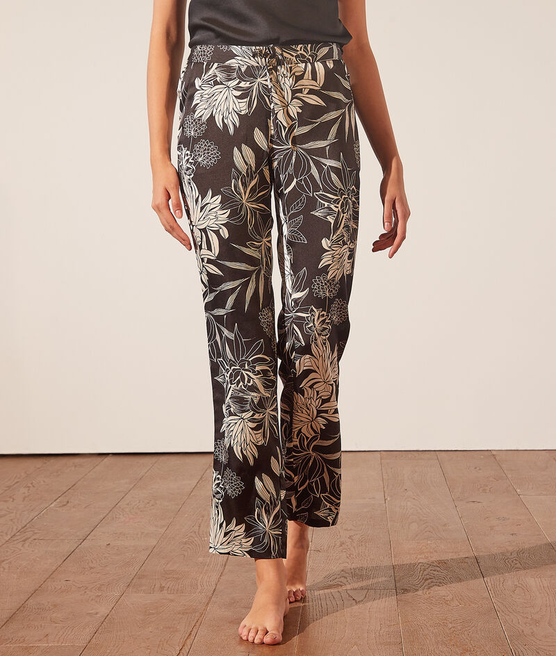 Pyjamabroek met bloemenprint;${refinementColor}