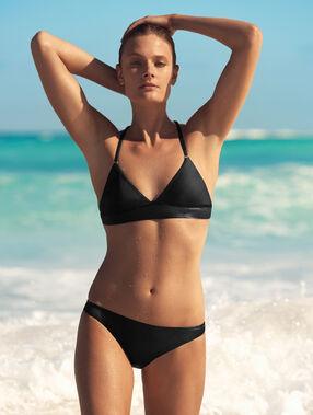 Bas de bikini simple noir.
