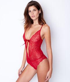 Body dentelle florale et dos tulle rouge.