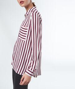 Chemise à rayures ecru.