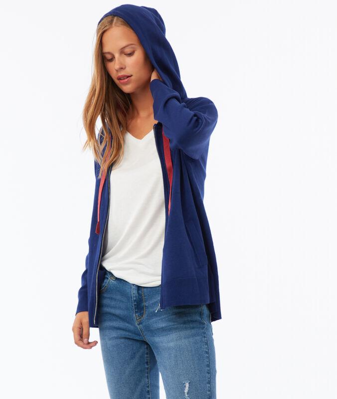Sweat à capuche avec zip bleu.