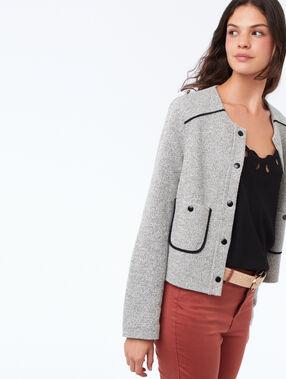 Veste boutonnée col rond gris clair chiné.