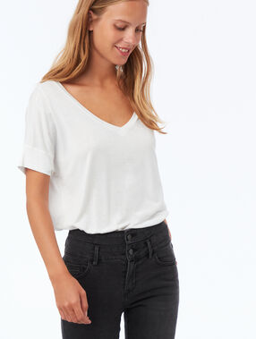 T-shirt met v-hals wit.