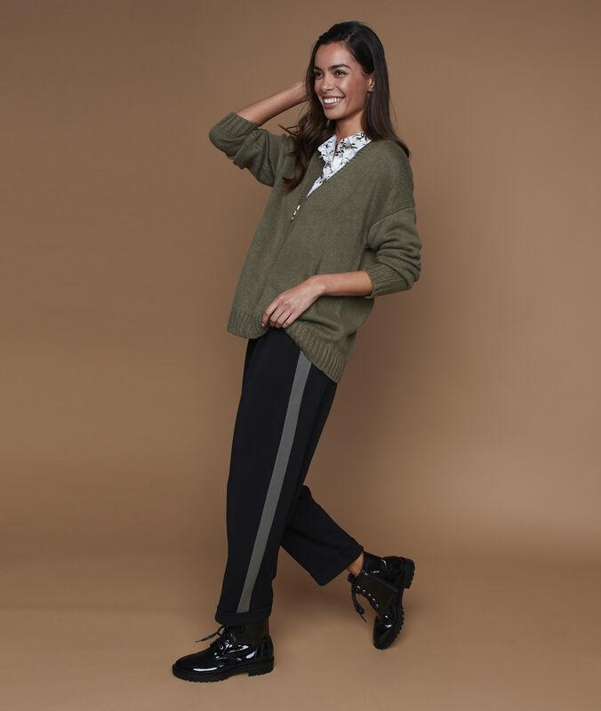Pantalon carotte bande latérale noir.