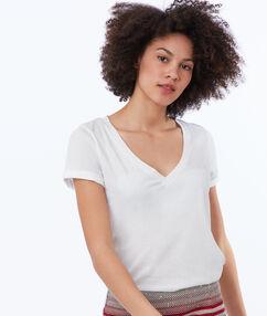 T-shirt en coton blanc.