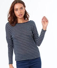 T-shirt à rayures noué au dos bleu marine.