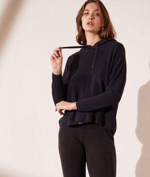 Eco-verantwoordelijke tricot sweater met capuchon