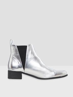 Effen verzilverde laarzen zilverkleurig.