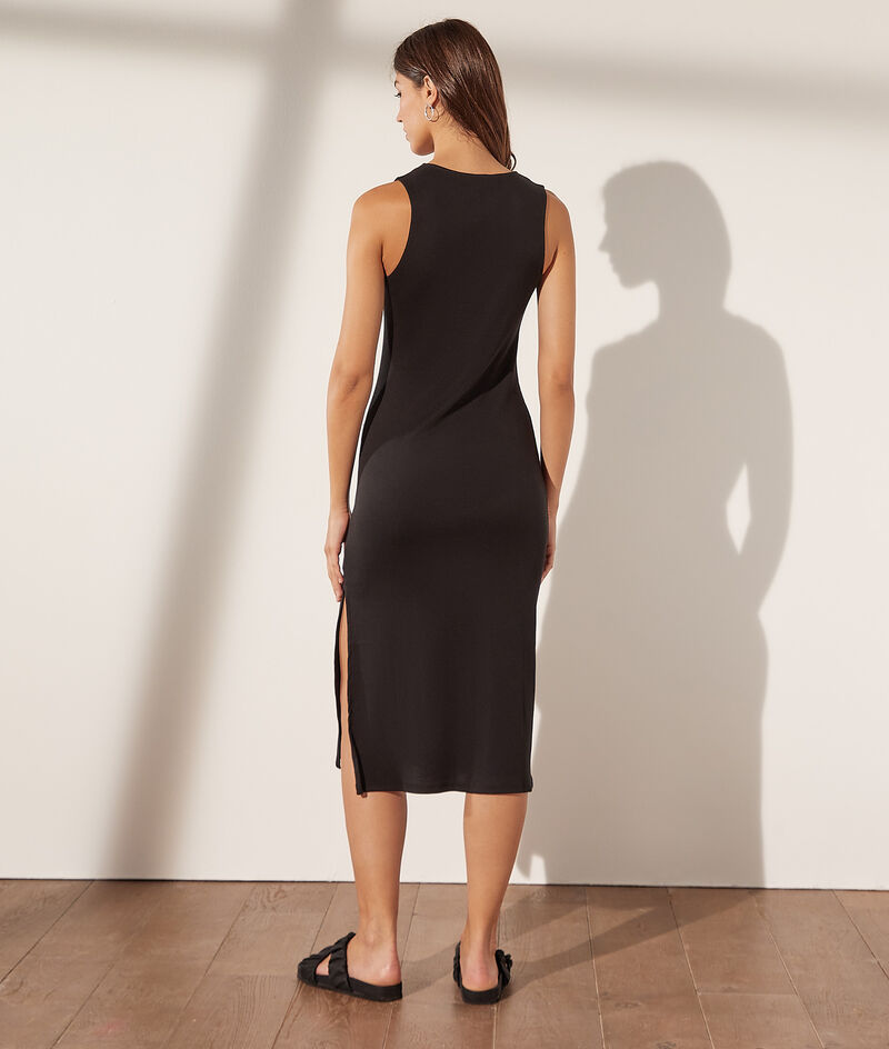 Ribgebreide bodycon-jurk met drukknopen