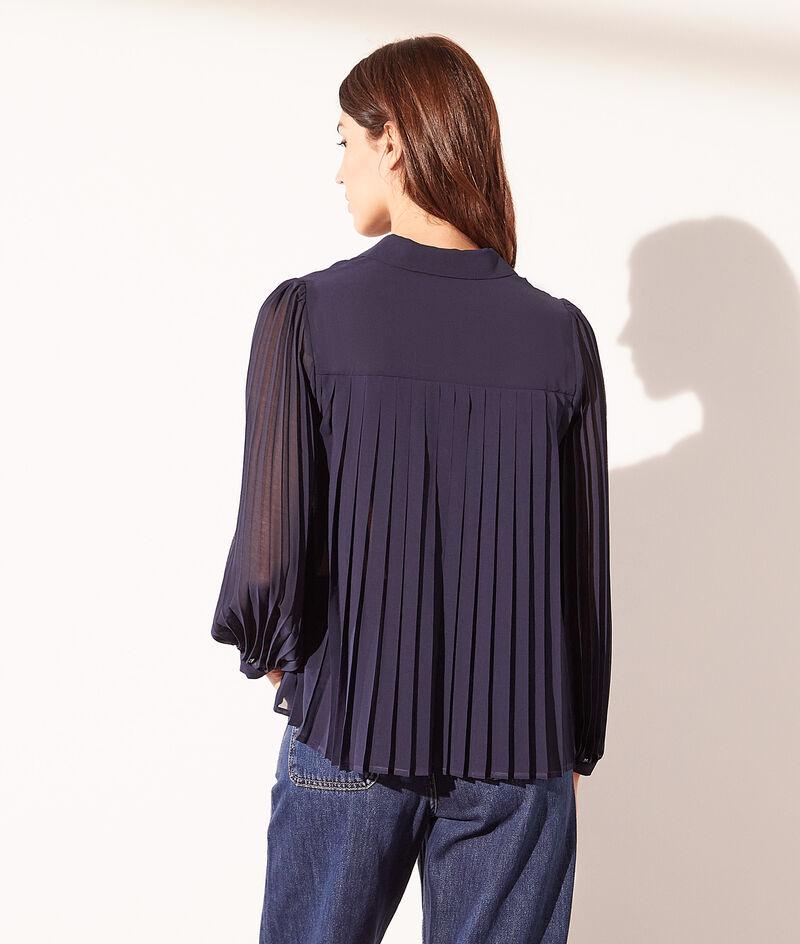 Soepelvallende blouse met geplooide mouwen