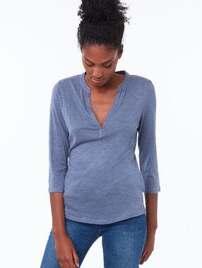 T-shirt met 3/4 mouwen lichtblauw.