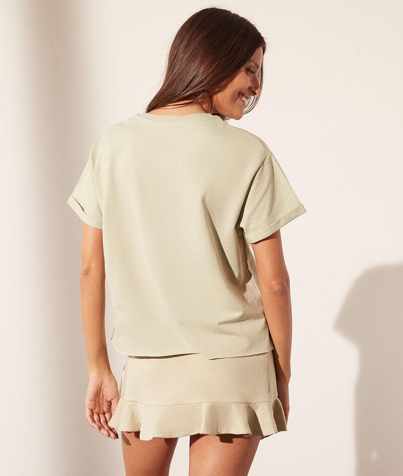 T-shirt met ronde hals 'womanhood'