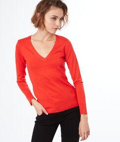 Pull tricot col v orange.