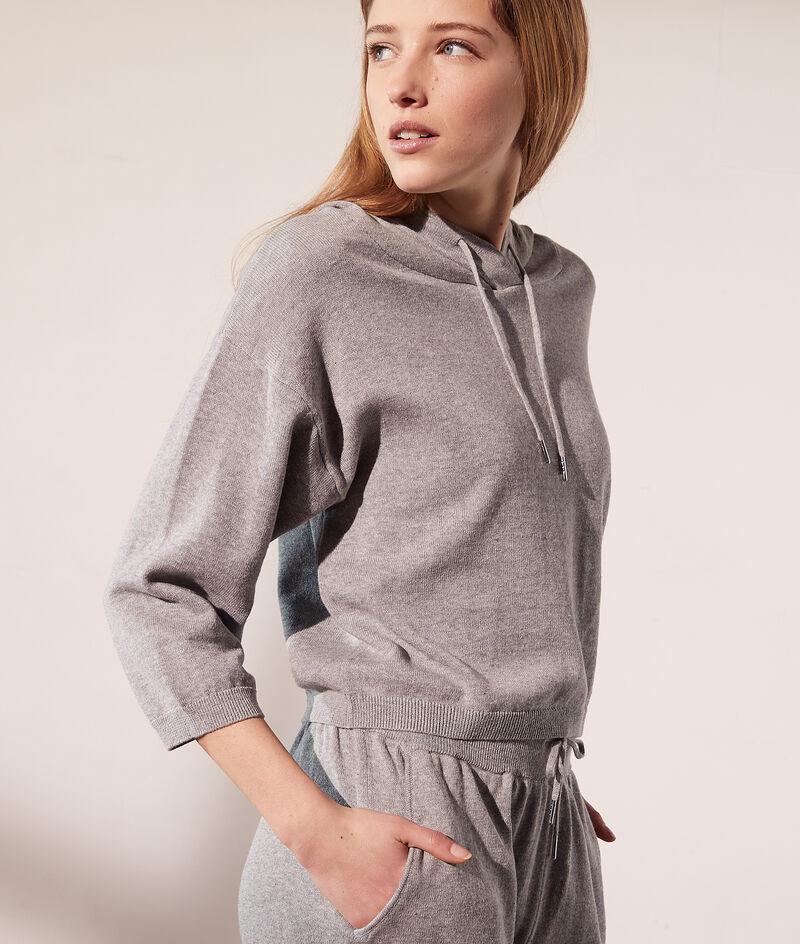 Tricot sweater met capuchon