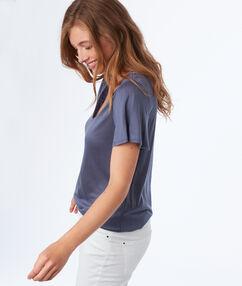 T-shirt col v en tencel® bleu ardoise.