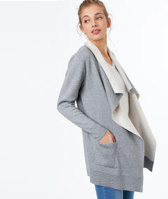 Gilet long double face gris clair.