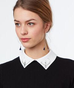 Pull à col chemise en coton noir.