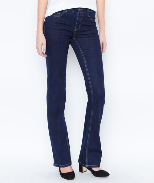 Uitlopende jeans
