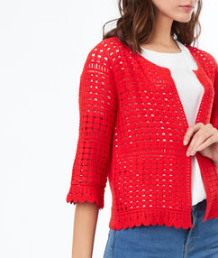 Gilet en crochet en coton rouge.