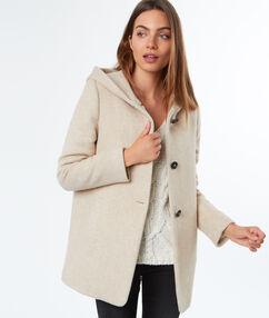 Manteau 3/4 à capuche beige.