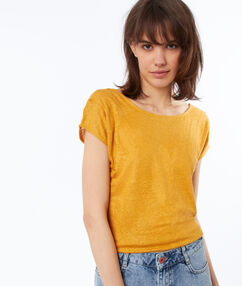 T-shirt en lin col rond ocre.