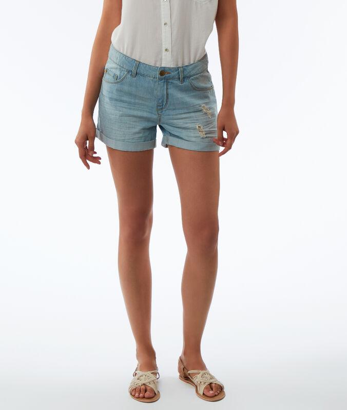 Short en jean effet déchiré bleu délavé clair.