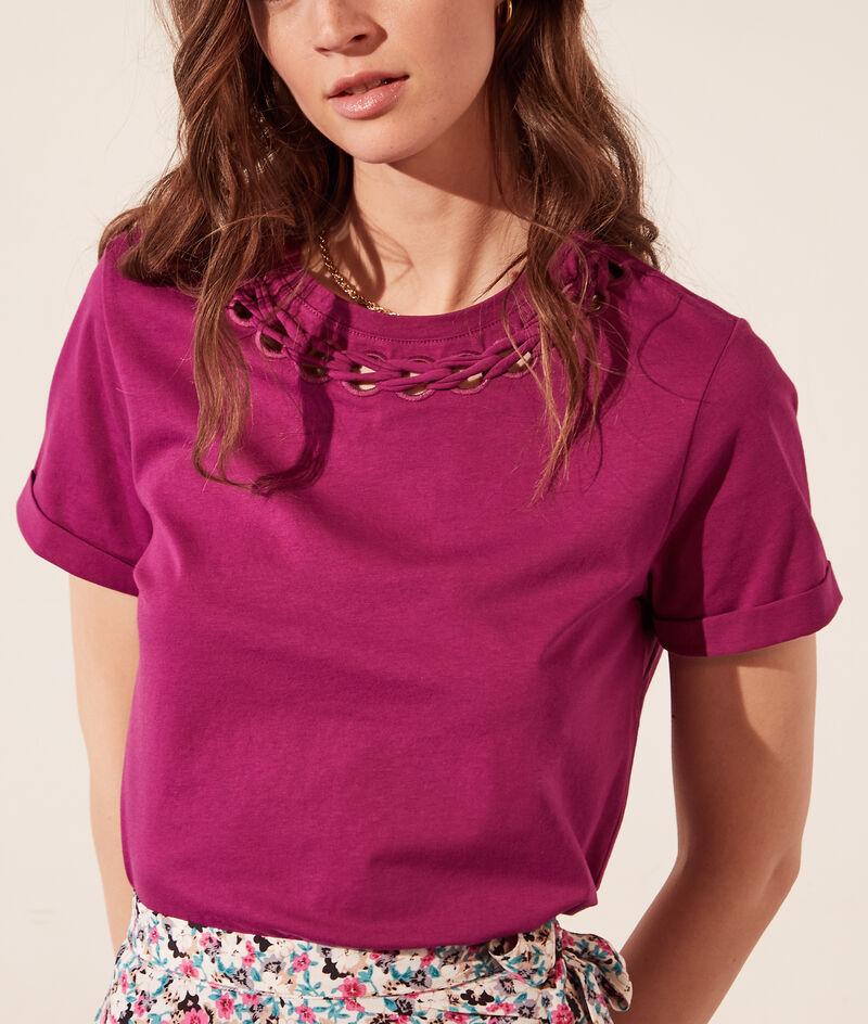 T-shirt met opengewerkte kraag